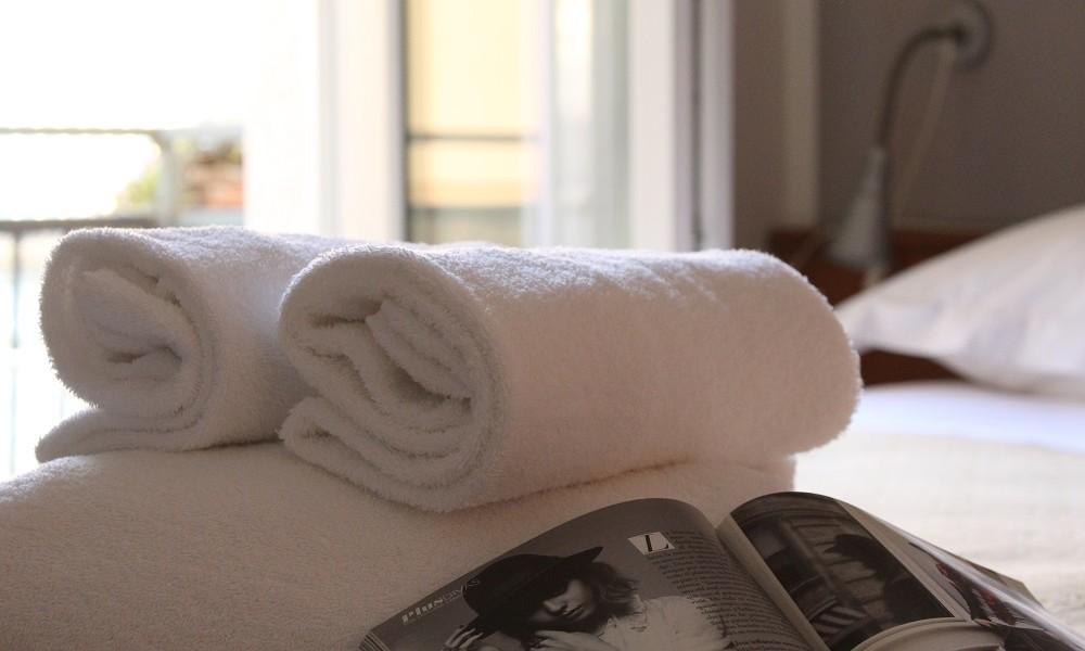 dettaglio asciugamani tecla